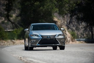 2018 Lexus Es Review Ratings Specs Prices And Photos The Car Connection