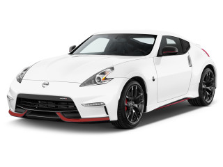 2018 Nissan 370Z Coupe NISMO Manual Angular Front Exterior View