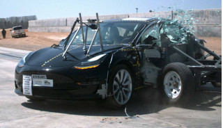 Tesla again claims higher safety rating than NTHSA gives