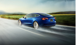 EPA confirms Tesla Model S Long Range at 370 miles, Model 3 efficiency boost