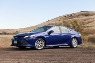 2018 Toyota Camry Review Ratings Specs Prices And Photos The Car Connection