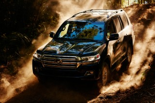 2018 Toyota Land Cruiser review update: The cognoscenti's SUV