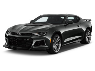 2019 Chevrolet Camaro 2-door Coupe ZL1 w/1SE Angular Front Exterior View