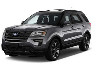 2019 Ford Explorer XLT 4WD Angular Front Exterior View