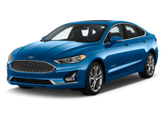 2019 Ford Fusion Titanium FWD Angular Front Exterior View