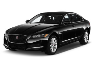 2019 Jaguar XF Sedan 20d Premium RWD Angular Front Exterior View