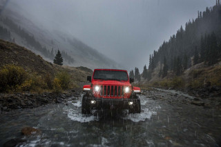 Fiat Chrysler lays groundwork to build electrified Jeep models