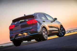 2017-2018 Kia Niro hybrid recall concerns extra heat in the back seat