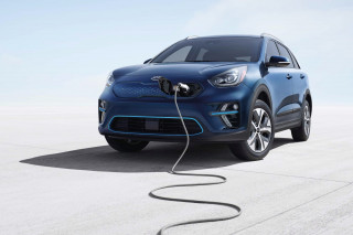Amazon hooks Kia owners up with easier home-charger installation