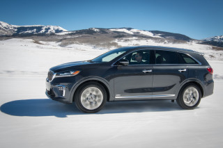 2019 Kia Sorento adds high-value S, EX Sport trim levels