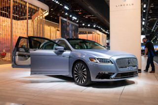 2019 Lincoln Continental Coach Edition: Suicide doors are back