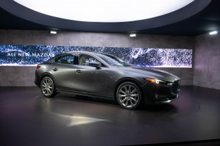 2019 Mazda 3 brings premium look, tech to compact segment