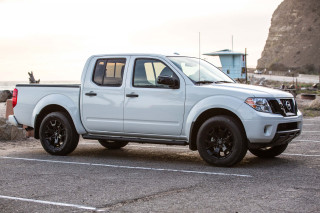 2019 Nissan Frontier Review Ratings Specs Prices And Photos