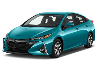 2019 Toyota Prius Advanced (GS) Angular Front Exterior View