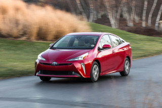 2019 Toyota Prius, Prius Prime earn Top Safety Pick award