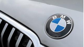 2020 BMW 745e xDrive  -  drive review
