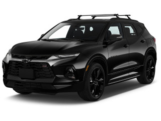 2020 Chevrolet Blazer FWD 4-door RS Angular Front Exterior View