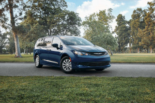 2020 Chrysler Voyager earns top 5-star safety rating from feds
