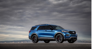 2020 Honda Pilot vs. 2020 Ford Explorer: Compare Crossover SUVs