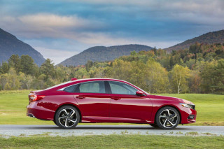 2020 Honda Accord sedan arrives with $150 price bump in most models over last year