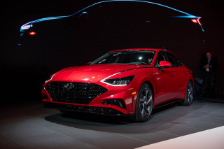 2020 Hyundai Sonata adds drama to the mid-size sedan