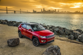 2021 Jeep Compass Photos