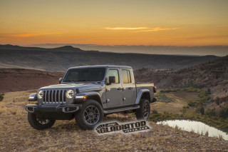 2020 Jeep Gladiator vs. 2020 Toyota Tacoma: Compare Trucks
