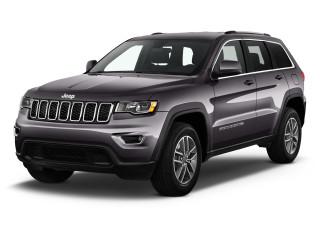 2020 Jeep Grand Cherokee Laredo 4x2 Angular Front Exterior View