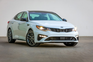 2020 Kia Optima Photos