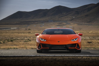 2019 Lamborghini Huracán Evo first drive, Willow Springs Raceway, June 2019