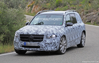 2020 Mercedes-AMG GLB35 spy shots