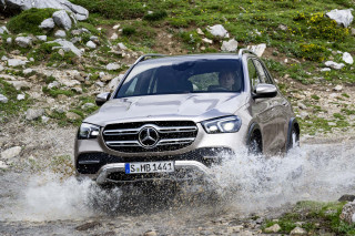 2020 Mercedes-Benz GLE first look: Luxury family crossover, emphasis on luxury