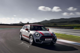 Most 2020 Mini Cooper models get $1,500 price bump, some get huge power bump