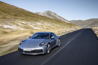 2020 Porsche 911 Carrera S laps 'Ring in 7:25, or 5 s faster than previous generation