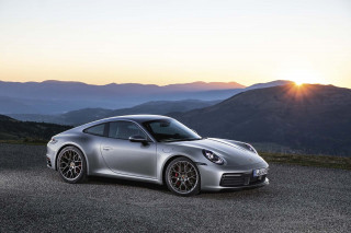 Porsche 911 hybrid at least four years away
