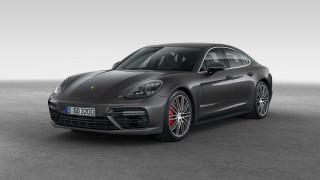 2020 Porsche Panamera Photos