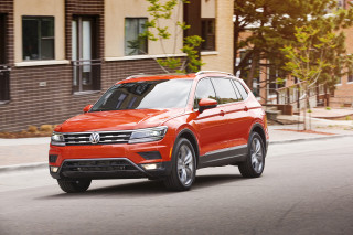 2020 Volkswagen Tiguan Photos