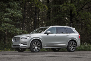2021 Volvo XC90 Photos