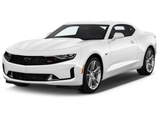 2021 Chevrolet Camaro 2-door Coupe 1LT Angular Front Exterior View