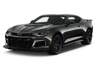 2021 Chevrolet Camaro 2-door Coupe ZL1 Angular Front Exterior View