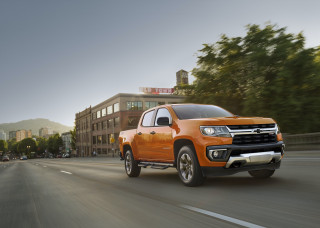 2021 Chevrolet Colorado mid-size truck updated with a new trim, new packages, and a heavy-duty look