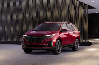 2022 Chevrolet Equinox cuts trims, prices, engine offerings