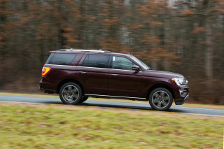 2021 Chevrolet Tahoe and Ford Expedition, GM's Milford Proving Grounds