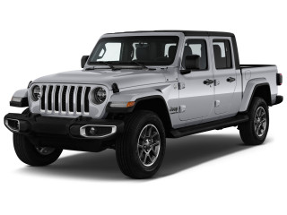 2021 Jeep Gladiator Overland 4x4 Angular Front Exterior View