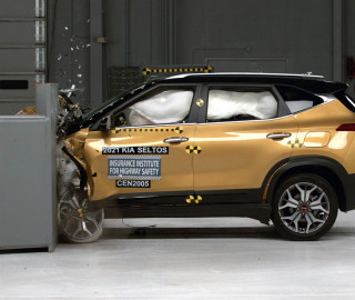 2021 Kia Seltos crash test