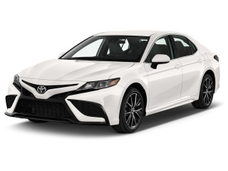 2021 Toyota Camry SE Auto AWD (Natl) Angular Front Exterior View