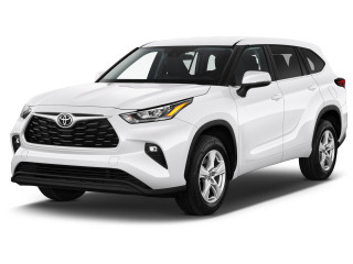 2021 Toyota Highlander LE FWD (Natl) Angular Front Exterior View