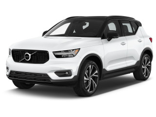 2021 Volvo XC40 T5 AWD R-Design Angular Front Exterior View