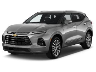 2022 Chevrolet Blazer FWD 4-door Premier Angular Front Exterior View