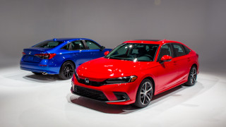"Redesigned 2022 Honda Civic appeals to its base with ""something"" more"